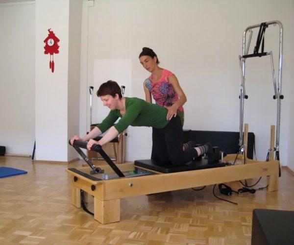 Pilates Gerätetraining im Einzelunterricht zur individuellen Korrektur
