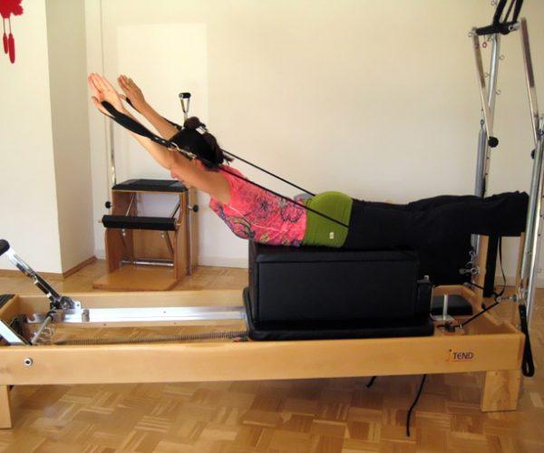 Pilates Gerätetraining mit dem Reformer